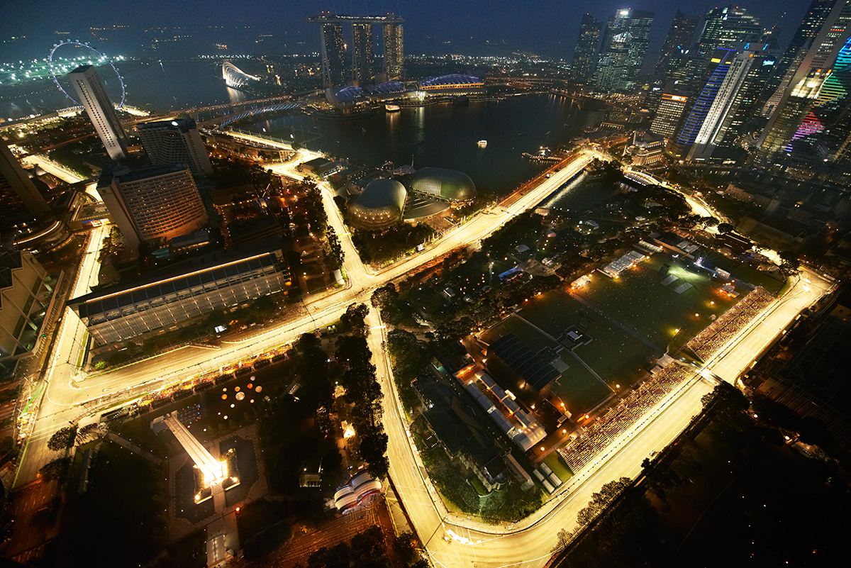 aerial view of the marina bay street race circuit from. Black Bedroom Furniture Sets. Home Design Ideas