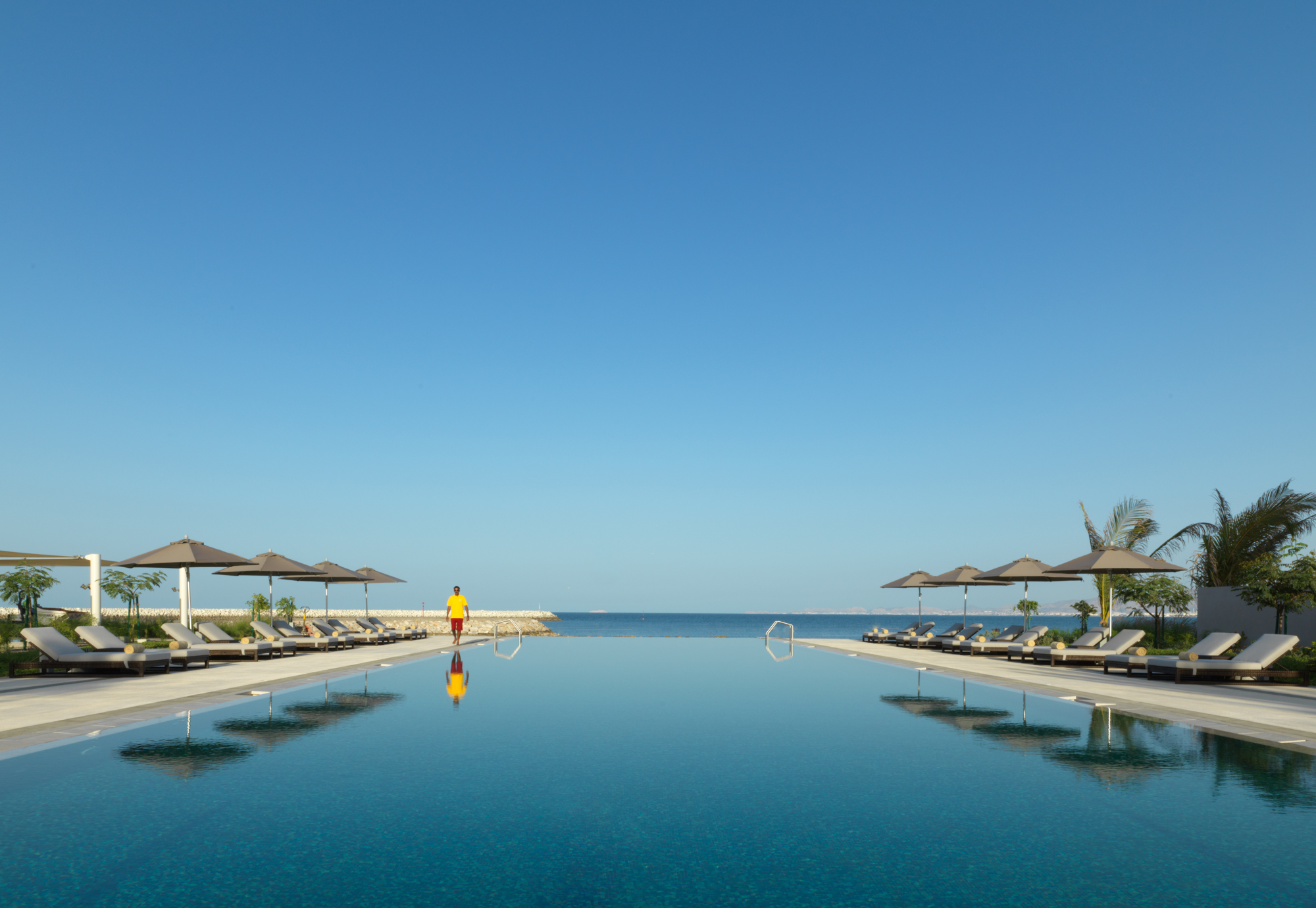 Kempinski Hotel Muscat_Infinity Pool